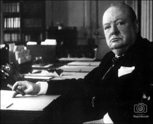 winston churchill versus henry v Churchill's father randolph churchill died of syphillis, and winston was born in a toilet on nov 30 th 1874, prematurely at 7 months, when his pregnant mother got labour pains, in the middle of a dance.